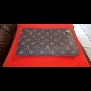 Louis Vuitton wallet 100% authentic!
